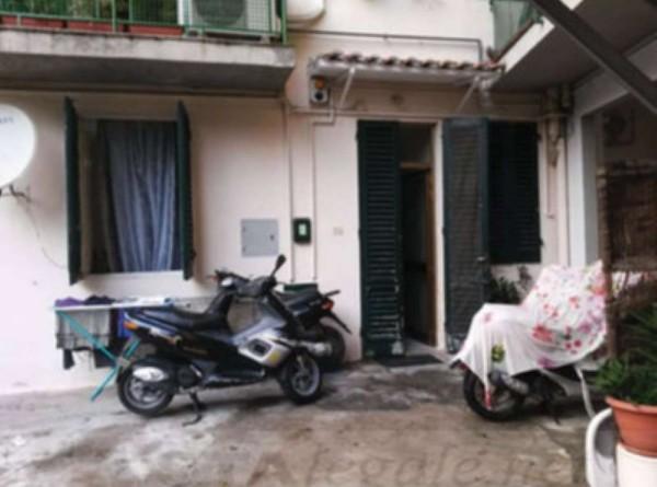 Appartamento in vendita a Prato, 88 mq