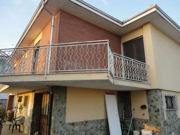 Casa indipendente in vendita a Alessandria, Con giardino, 90 mq
