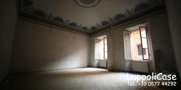 Appartamento in vendita a Siena, 160 mq