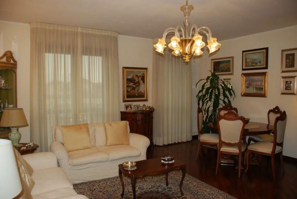 Appartamento in vendita a Vinovo, Centralissima, Con giardino, 139 mq
