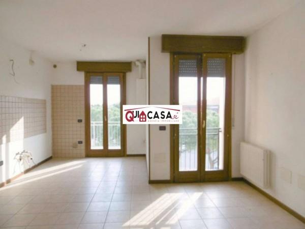 Appartamento in vendita a Cesano Maderno, Con giardino, 85 mq
