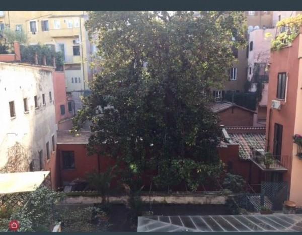 Appartamento in vendita a Roma, Piazza Di Spagna, 45 mq