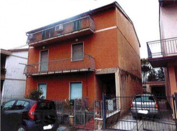 Appartamento in vendita a Campi Bisenzio, Con giardino, 114 mq