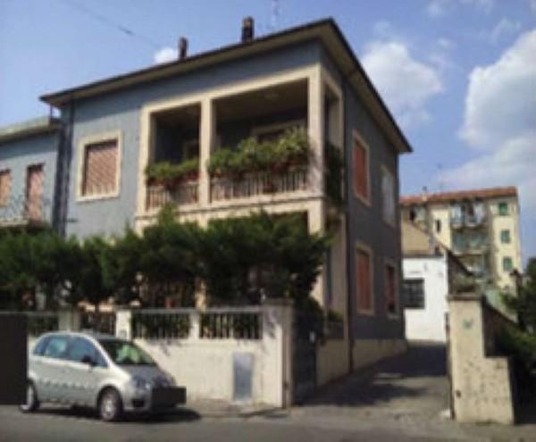 Appartamento in vendita a Prato, San Paolo, 120 mq