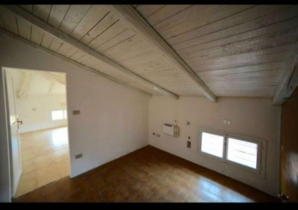 Appartamento in vendita a Bologna, 27 mq
