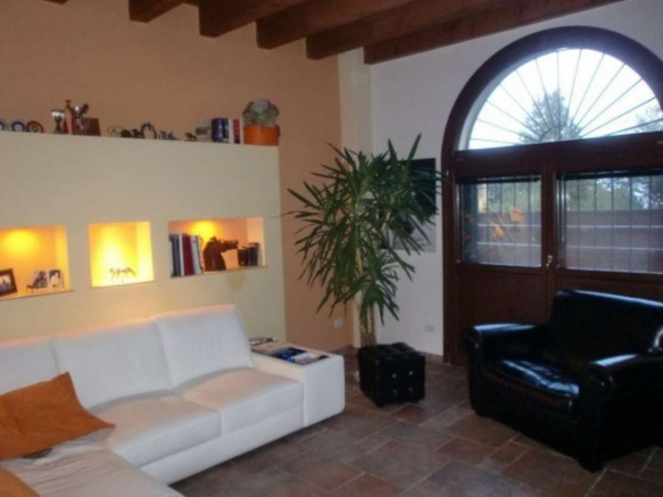 Casa indipendente in vendita a Ozzano dell'Emilia, Collinare, Con giardino, 200 mq