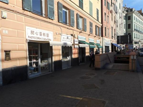 Immobile in vendita a Genova, Caricamento, 80 mq