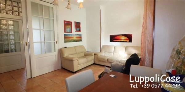 Appartamento in vendita a Siena, 96 mq