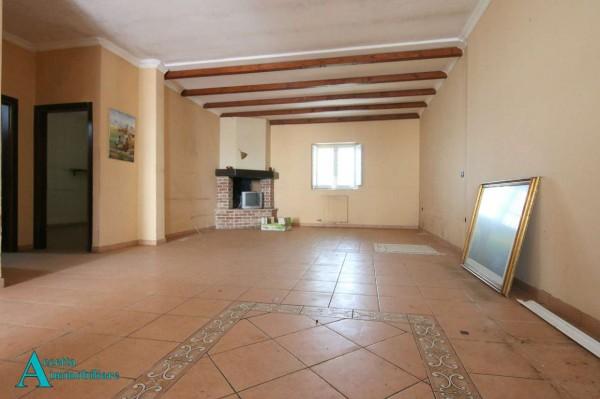 Appartamento in vendita a Taranto, Residenziale, 95 mq