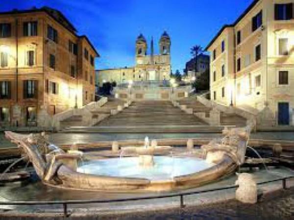 Locale Commerciale  in vendita a Roma, Piazza Di Spagna, Arredato, 50 mq