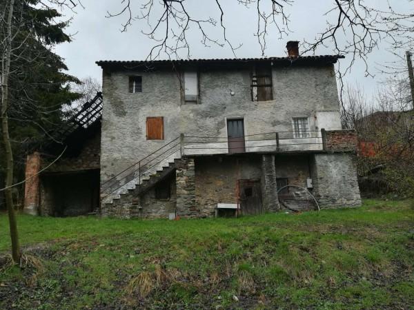 Rustico casale in vendita a viola alta con giardino 160 for Giardino 90 mq