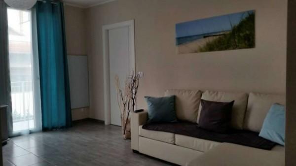 Appartamento in vendita a Orbassano, Con giardino, 80 mq