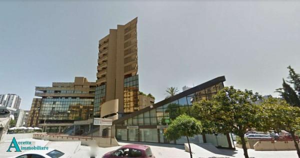 Locale Commerciale  in affitto a Taranto, Semicentrale, 420 mq - Foto 12