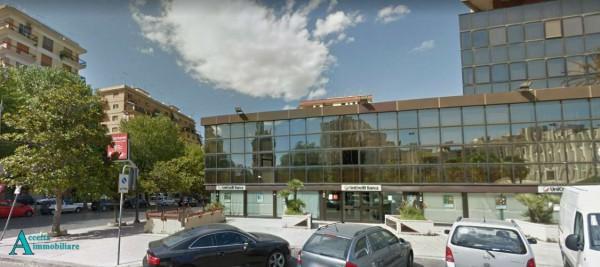 Locale Commerciale  in affitto a Taranto, Semicentrale, 420 mq - Foto 4