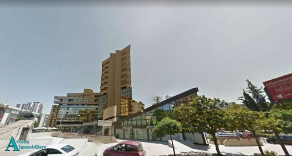 Locale Commerciale  in affitto a Taranto, Semicentrale, 420 mq - Foto 9