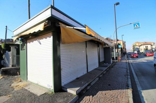 Locale Commerciale  in vendita a Alpignano, Centro, 33 mq - Foto 2