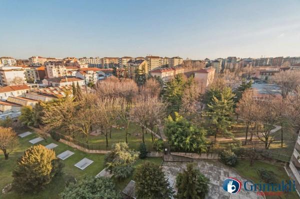 Appartamento in vendita a Milano, Con giardino, 160 mq - Foto 1