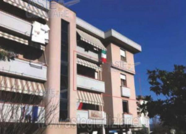 Appartamento in vendita a Montale, Stazione, 120 mq