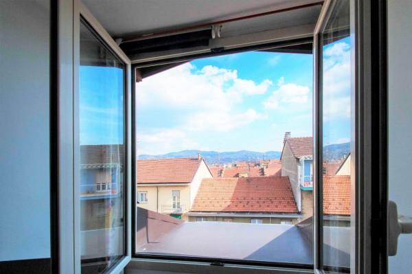 Appartamento in vendita a Torino, Lingotto, Con giardino, 75 mq