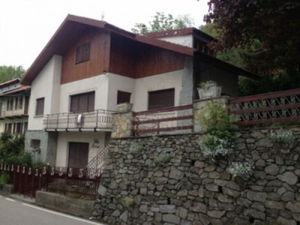 Villa in vendita a Valgioie, Con giardino, 180 mq
