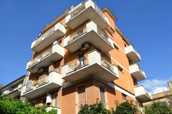 Appartamento in vendita a Roma, Monte Mario, Con giardino, 60 mq