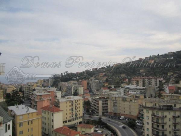 Appartamento in vendita a Sanremo, 65 mq