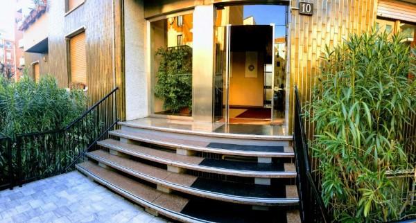 Appartamento in vendita a Milano, Gambara, Con giardino, 93 mq