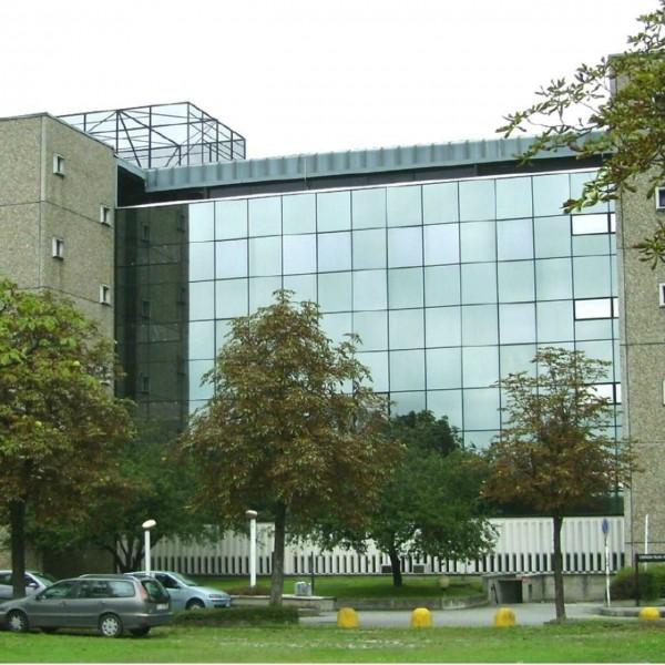 Ufficio in affitto a Rozzano, Milanofiori, 553 mq