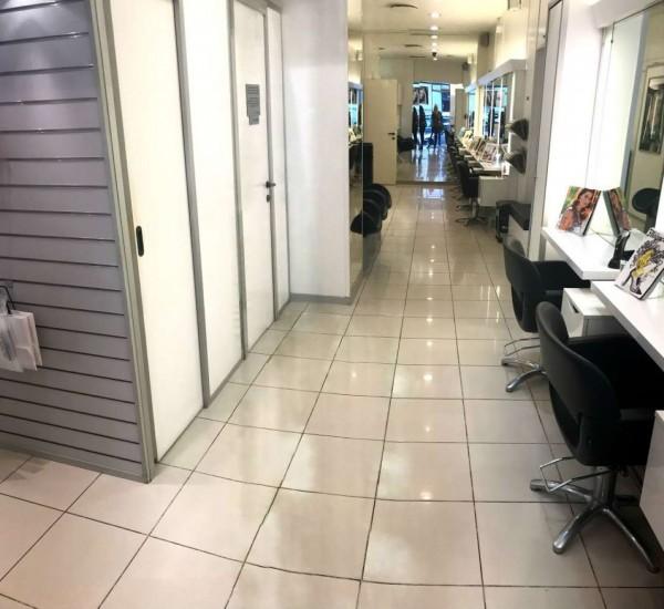 Negozio in affitto a Milano, Lima, 53 mq