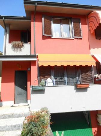 Villa in vendita a Chieve, Residenziale, Con giardino, 172 mq