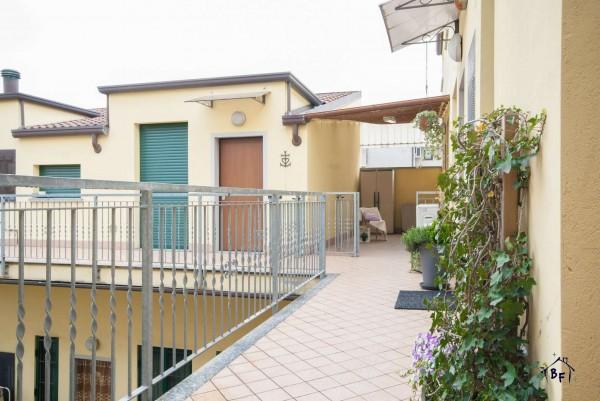 Appartamento in vendita a Lissone, Centro/stazione, 60 mq