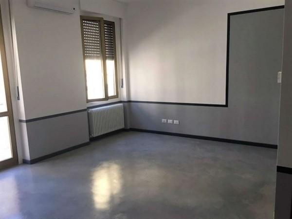 Appartamento in vendita a Alessandria, Piazza Genova, 60 mq