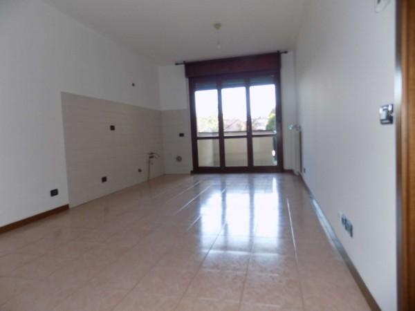 Appartamento in vendita a Senago, 62 mq