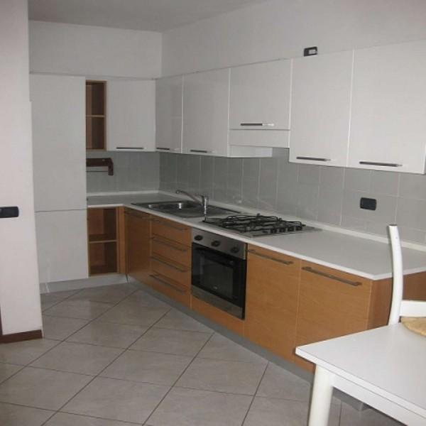 Appartamento in affitto a Sedriano, Arredato, 55 mq