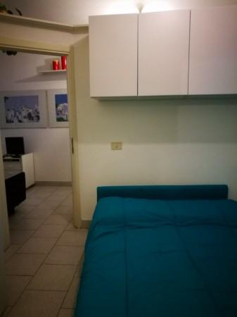 Appartamento in vendita a Imperia, 38 mq