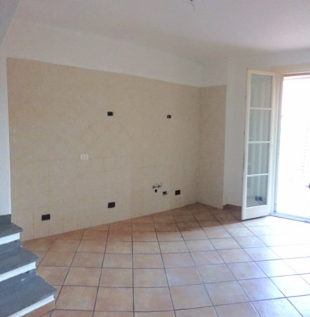 Appartamento in affitto a Chiusavecchia, 50 mq