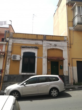 Casa indipendente in vendita a Catania, A, Con giardino, 150 mq