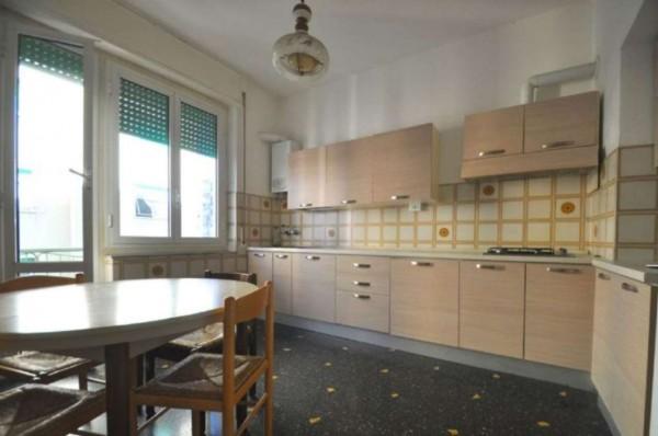 Appartamento in affitto a Genova, Sestri Ponente, 120 mq