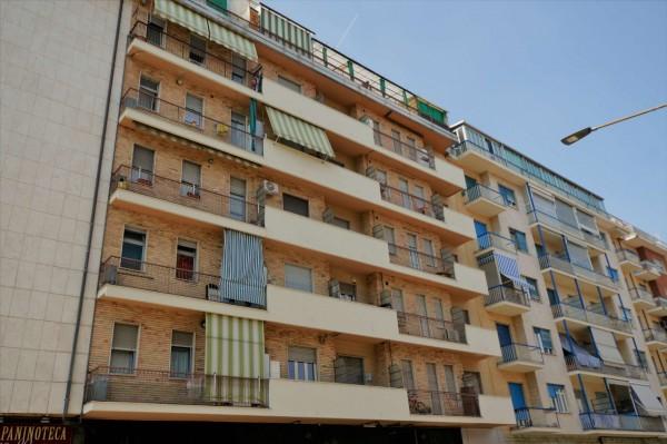 Appartamento in vendita a Torino, 54 mq