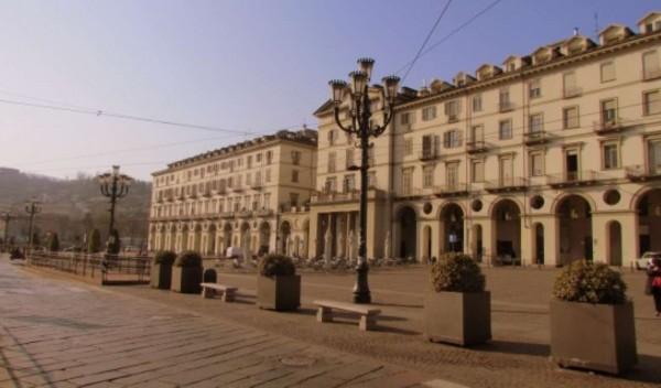 Appartamento in vendita a Torino, Centro, Arredato, 50 mq