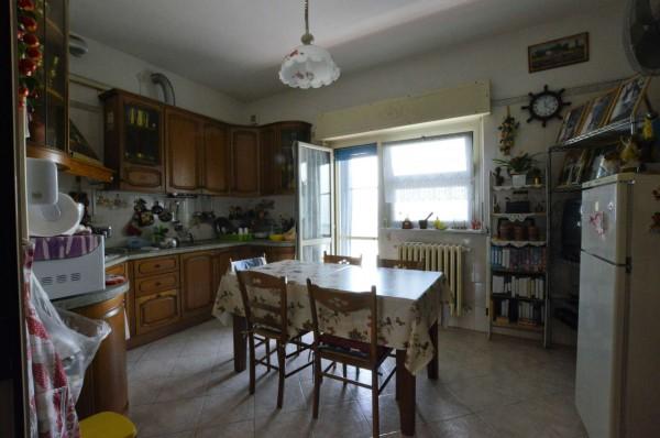 Appartamento in vendita a Torino, Falchera, 135 mq
