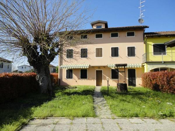 Villetta a schiera in vendita a Alessandria, San Michele, Con giardino, 160 mq