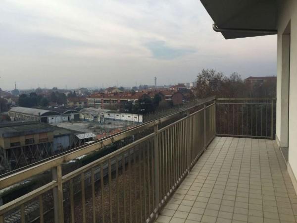 Appartamento in vendita a Nichelino, 130 mq
