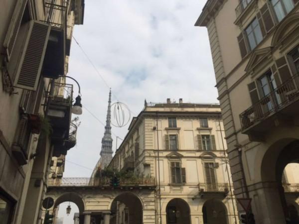 Locale Commerciale  in vendita a Torino, 60 mq