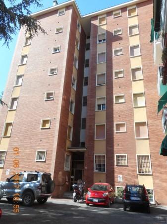 Appartamento in vendita a Bologna, Con giardino, 136 mq