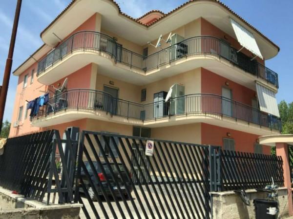 Appartamento in affitto a Sant'Anastasia, Con giardino, 80 mq