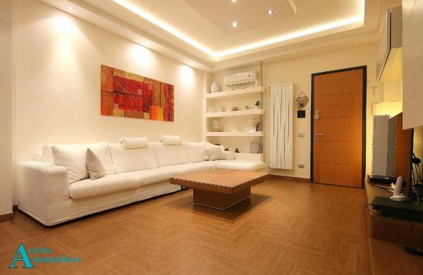 Appartamento in vendita a Taranto, Semicentrale, 107 mq