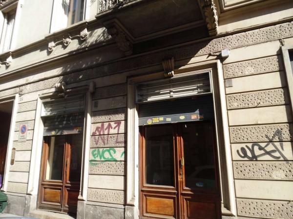 Negozio in vendita a Torino, 45 mq