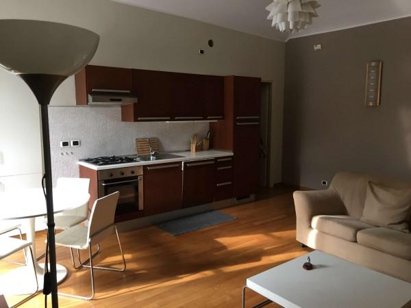 Appartamento in affitto a Torino, Centro, Arredato, 75 mq