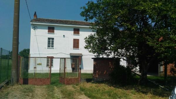 Casa indipendente in vendita a Alessandria, Casalcermelli, Con giardino, 130 mq